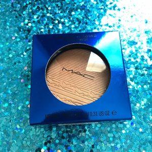 Mac Shaft of Gold highlighter ✨